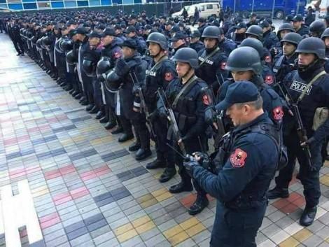 Policia-ne-Elbasan-Arena-470x353