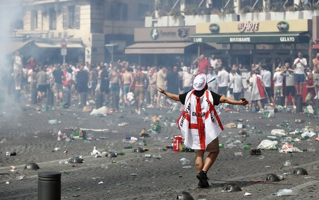 UK-bans-more-than-1200-hooligans-from-World-Cup-630x394