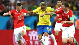 neymar-granit-xhaka-stephan-lichtsteiner-brazil-switzerland-world-cup_nxp6drgvg9jw12g0k1ndyvibs