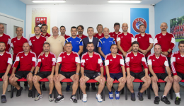 per-web-uefa-pro6