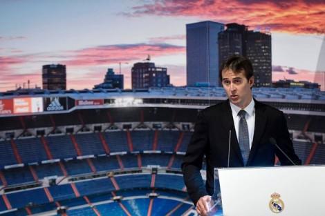 Lopetegui-unveiled-at-Madrid-June2018