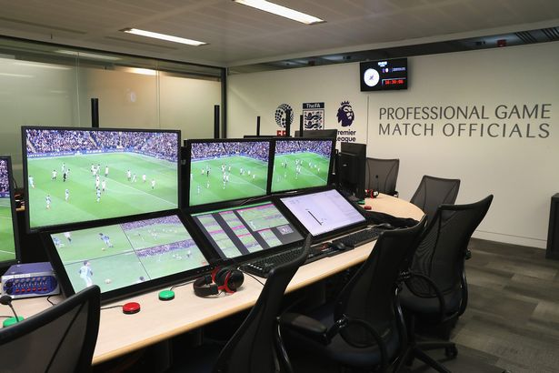 1_Premier-League-Video-Assistant-Referee-Hub-Handout-Photo