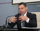 """""""Nuk ka kthim pas"""", ministri Ahmetaj i prerë për lojërat e fatit"""