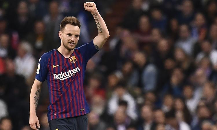 Rakitic.Barcellona.braccio.alto.2019.750x450