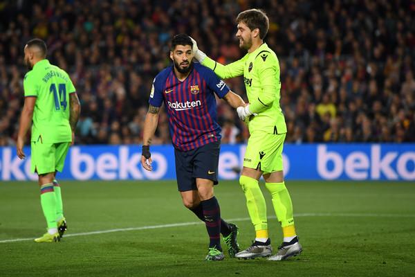 Aitor+Fernandez+FC+Barcelona+vs+Levante+UD+uSevbc_s_Jnl