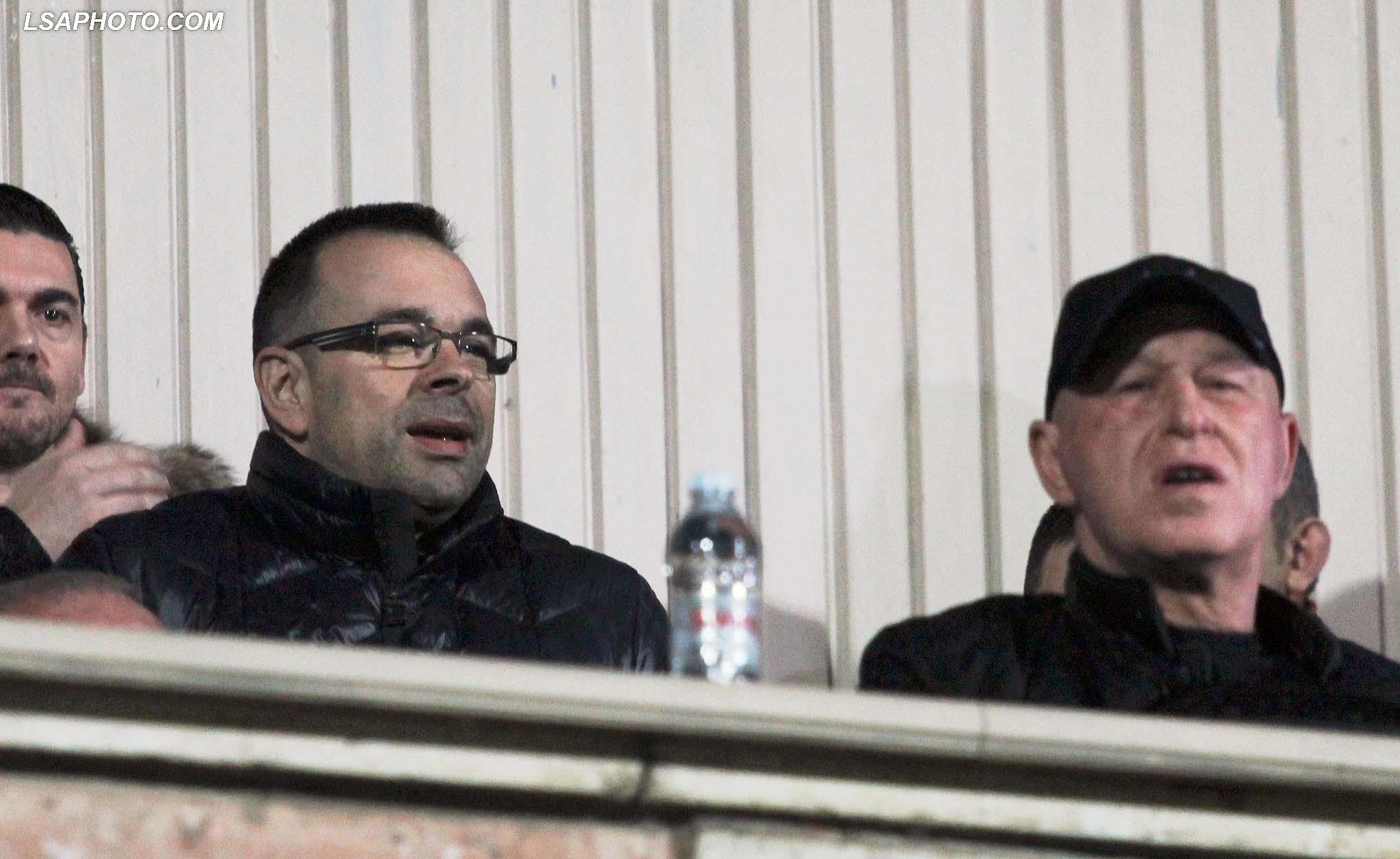 Presidenti i Partizanit Gaz Demi dhe Olsi Rama, gjate ndeshjes se futbollit, Partizani-Skenderbeu i Korces, 1-1, e vlefshme per Kampionatin Kombetar, e luajtur ne stadiumin Qemal Stafa, ne Tirane./r/n/r/nPartizani's President Gaz Demi dhe Olsi Rama during the Albanian Super League football match Partizani-Skenderbeu of Korca, 1-1, at the Qemal Stafa stadium in Tirana.