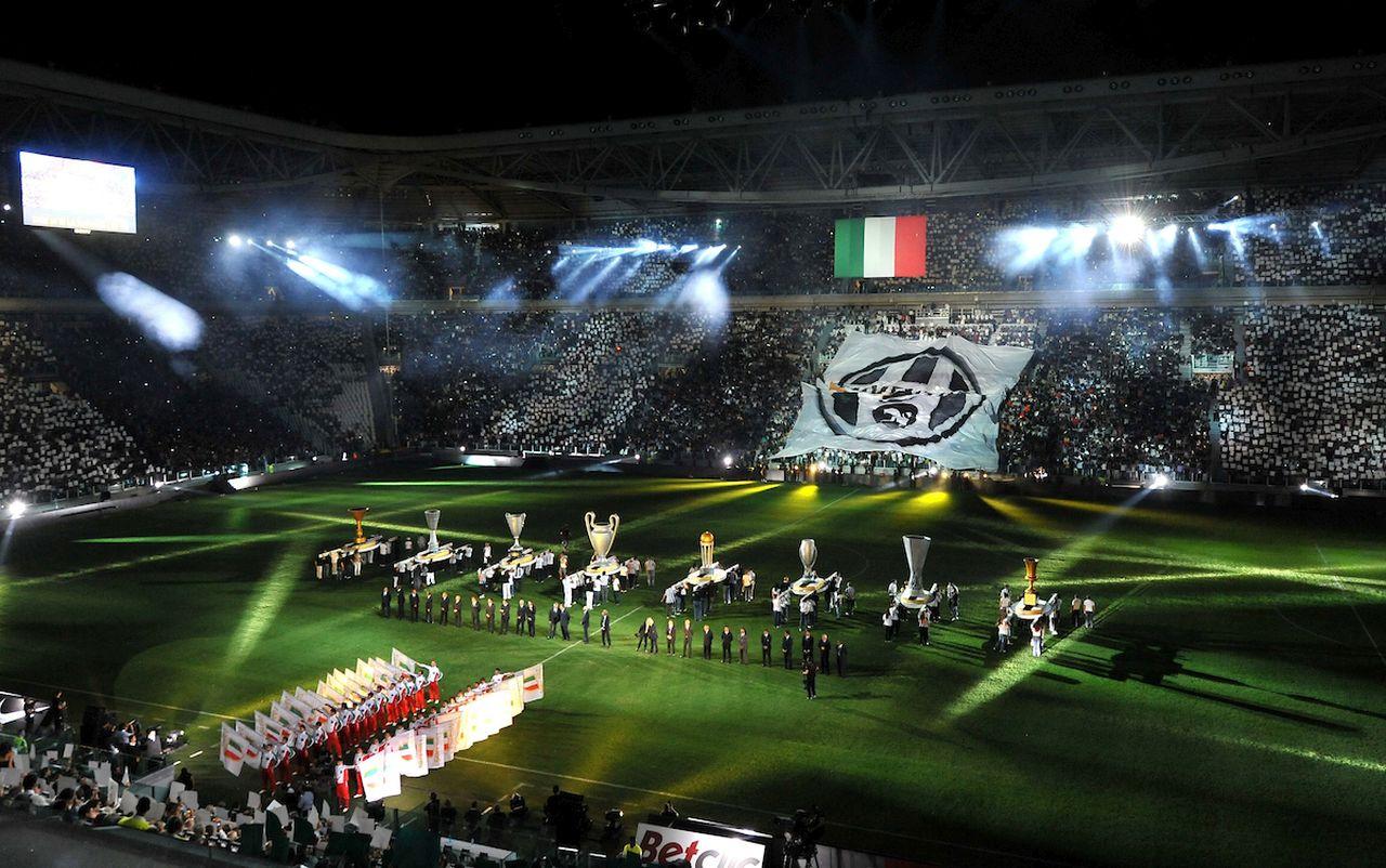 "Cerimonia di inaguarzione (Juventus).Torino 8/9/2011 Stadio ""Juventus stadium"".Football Calcio 2011/2012 Friendly match.Football Calcio Juventus Vs Notts County.Foto Insidefoto Alessandro Sabattini..."