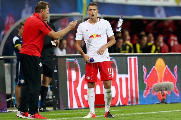 Stefan+Ilsanker+RB+Leipzig+v+Borussia+Dortmund+JC85_SeegaBl