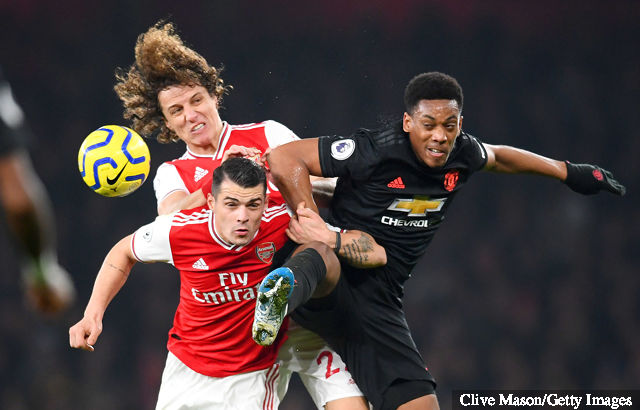 david_luiz_and_granit_xhaka_of_arsenal_compete_for_the_ball_with_1440314