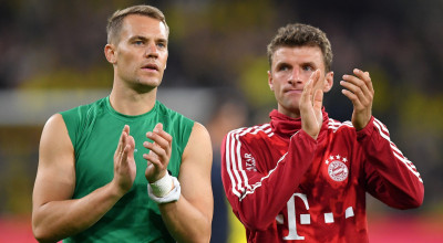 DORTMUND, GERMANY - AUGUST 03: Manuel Neuer of Bayern Muenchen applauds fans after the DFL Supercup 2019 match between Borussia Dortmund and FC Bayern München at Signal Iduna Park on August 03, 2019 in Dortmund, Germany. (Photo by Stuart Franklin/Bongarts/Getty Images)