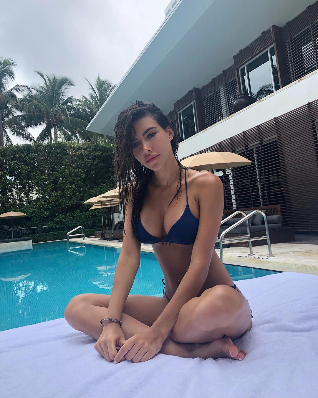 Michelle-Sander-Feet-4193457