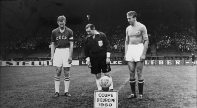 2-soviet-union-yugoslav-captains-netto-et-kostic-before-the-start-of-the-euro-1960-final