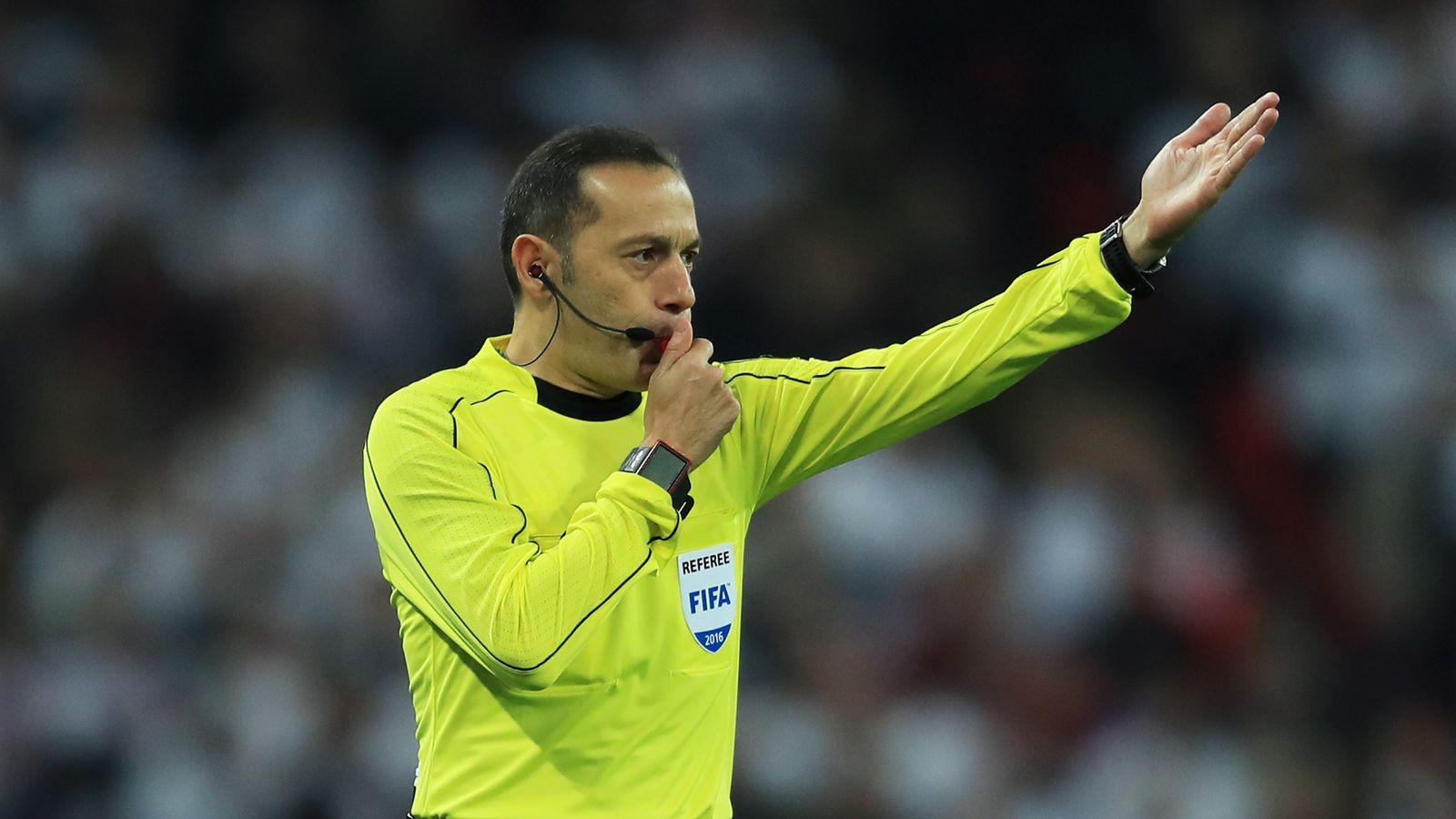 Referee-whi