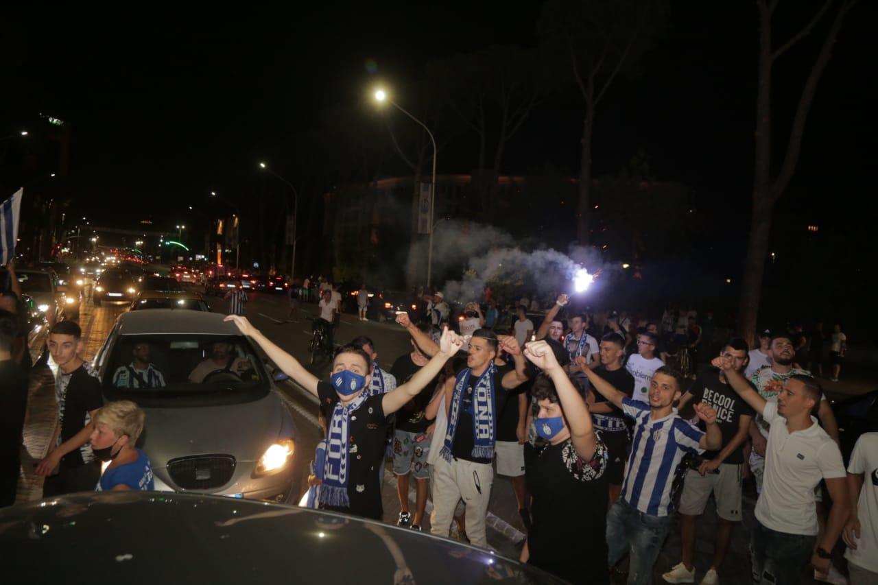 Tirana tifozet festa