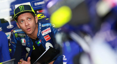 CHANG INTERNATIONAL CIRCUIT, THAILAND - OCTOBER 06: Valentino Rossi, Yamaha Factory Racing during the Thailand GP at Chang International Circuit on October 06, 2018 in Chang International Circuit, Thailand. (Photo by Gold and Goose / LAT Images)