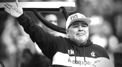 Maradona55