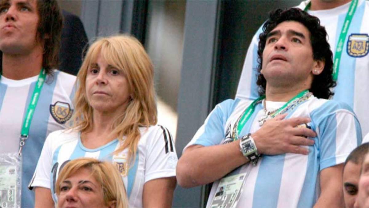 Claudia-Villafañe-y-Diego-Maradona
