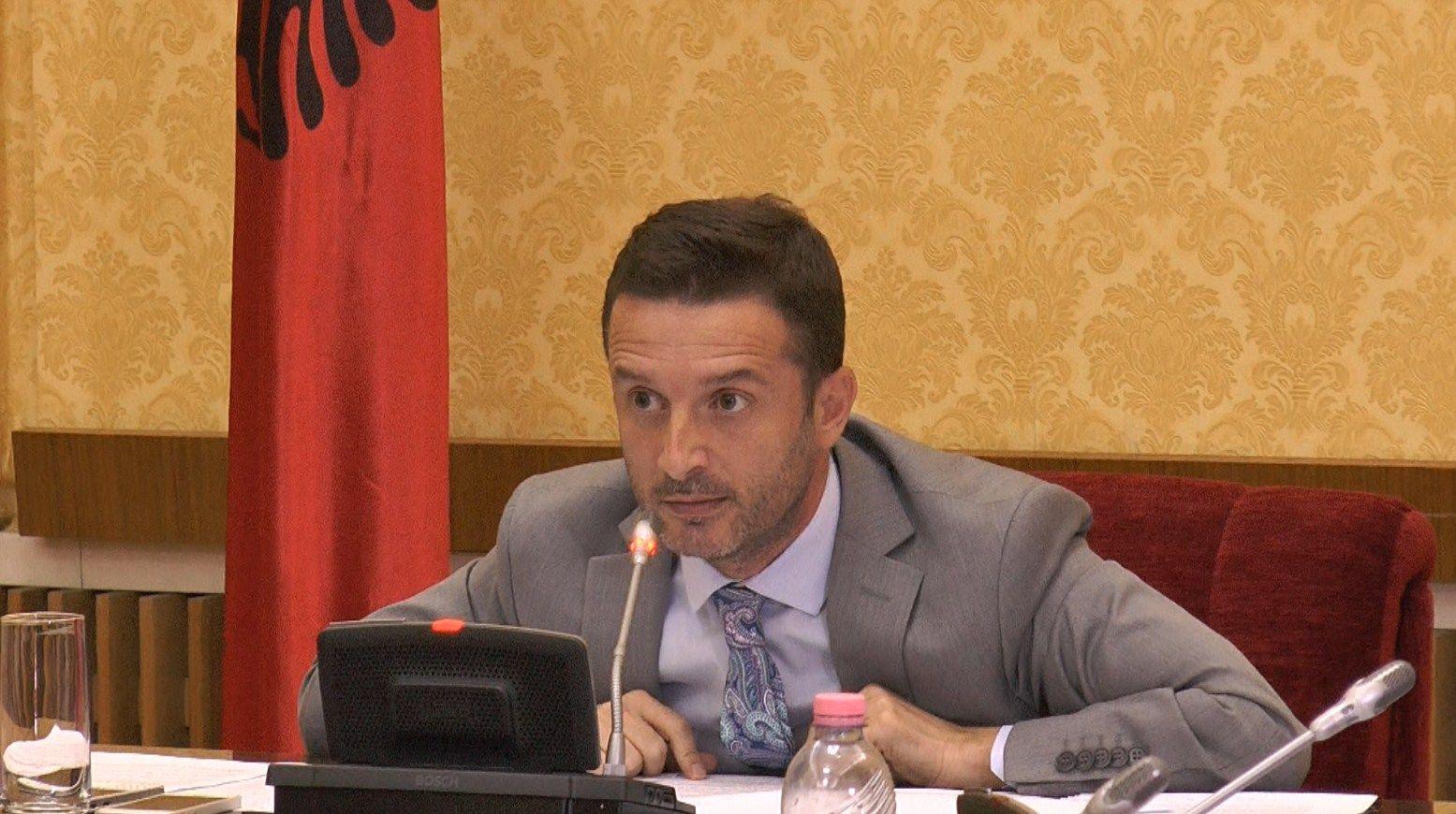 Kreu i Komisionit të Ekonomisë, Erjon Braçe
