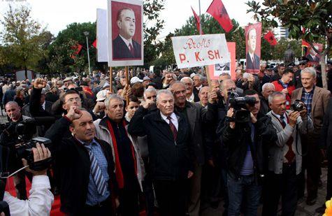 Dekorimi i gjyqtarëve të diktaturës, kryeministria: Ja e vërteta
