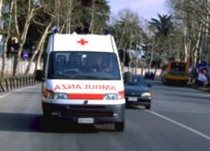 Makina aksidenton për vdekje foshnjën 17-muajshe, në oborrin e shtëpisë