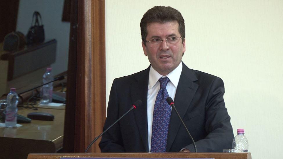 Fatmir Mediu
