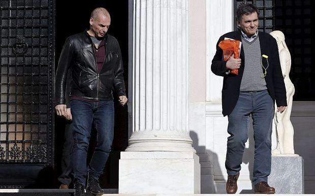 Ish-ministri i Financave, Varufakis dhe pasardhësi Cakalotos