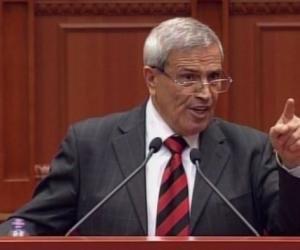 Dokle, bejte për Parlamentin: Të rëntë pika, të shkoi dita duke sharë
