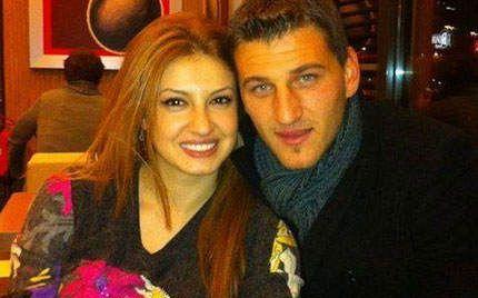 Alban-Hoxha-Dorjana-Haka