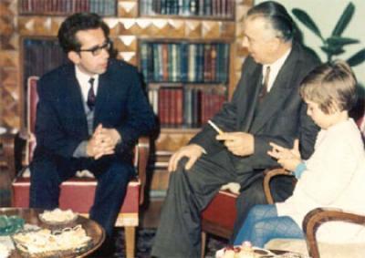 Ismail Kadare dhe Enver Hoxha