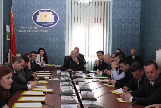 Braho për gjeneralin: Piro Ahmetaj iku me bisht në shalë