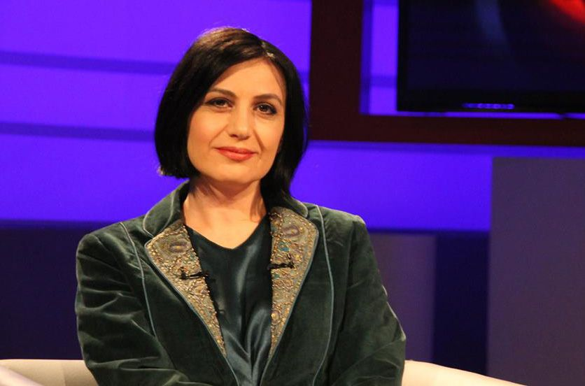 Drejtoresha e Bibliotekës Kombëtare, Persida Asllani