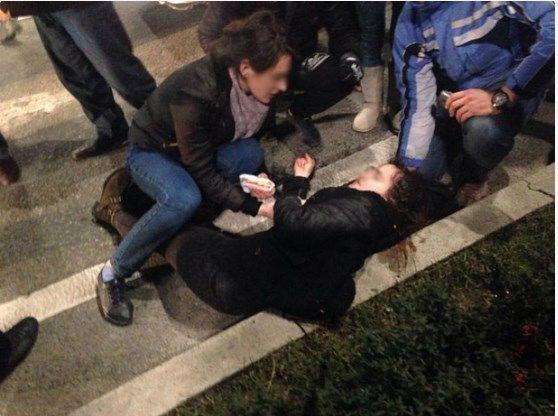 FOTOT/ Makina aksidenton një vajzë në qendër të Tiranës