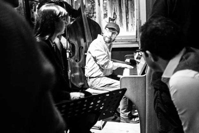 Genti Rushi, koncert xhaz në Teatrin e Metropolit