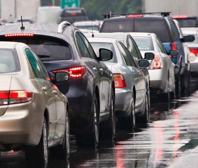 Lejet e qarkullimit ndërkombëtar për makinat, aplikimi tashmë on-line me tarifë 500 lekë