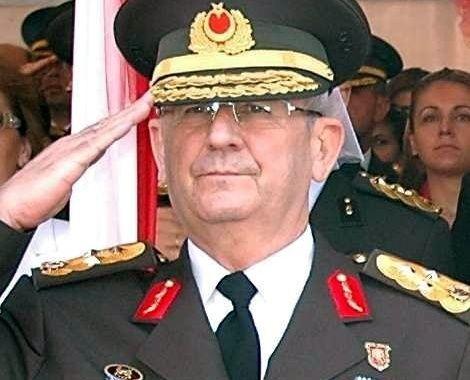 Gjenerali i famshem, Adem Huduti raportohet se eshte arrestuar mes puçisteve