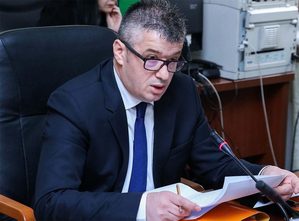 Deputeti i PS, Alfred Peza