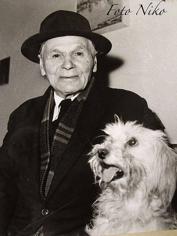 Lasgush Poradeci me qenin e tij, Cuci