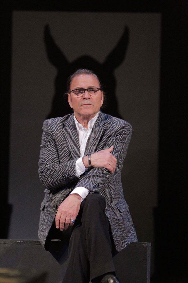 Timo Flloko, në rolin e Martin Dysart