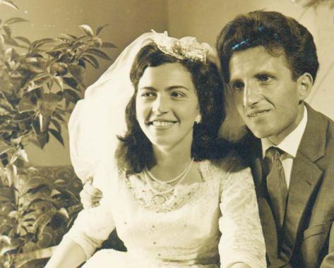 Sadije dhe Dritëro Agolli në ditën e martesës