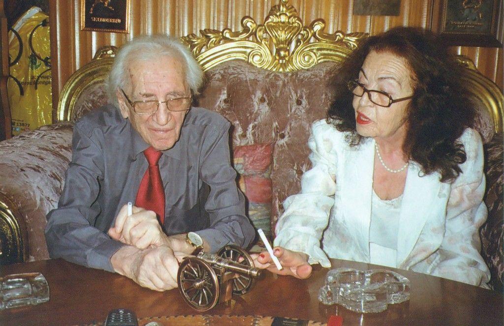 Sadije dhe Dritëro Agolli në ditën e dasmës89090-9