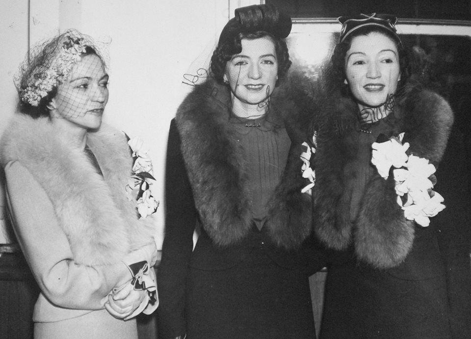 Motrat e Mbretit Zog, (nga e majta) Ruhije, Mexhide dhe Myzejen gjatë në vizitës në SHBA, mars 1938