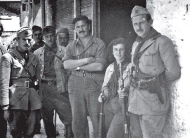 Miladin Popovic, Fiqiret Sanxhaktari dhe Mehmet Shehu