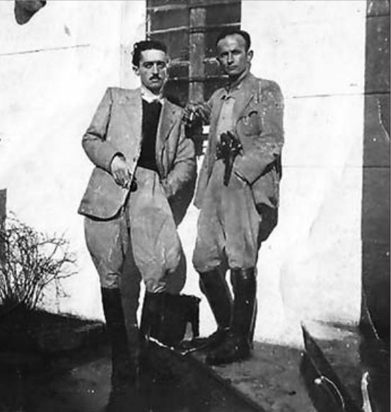 Sadik Premte dhe Qazim Çakërri, Vlorë 1943