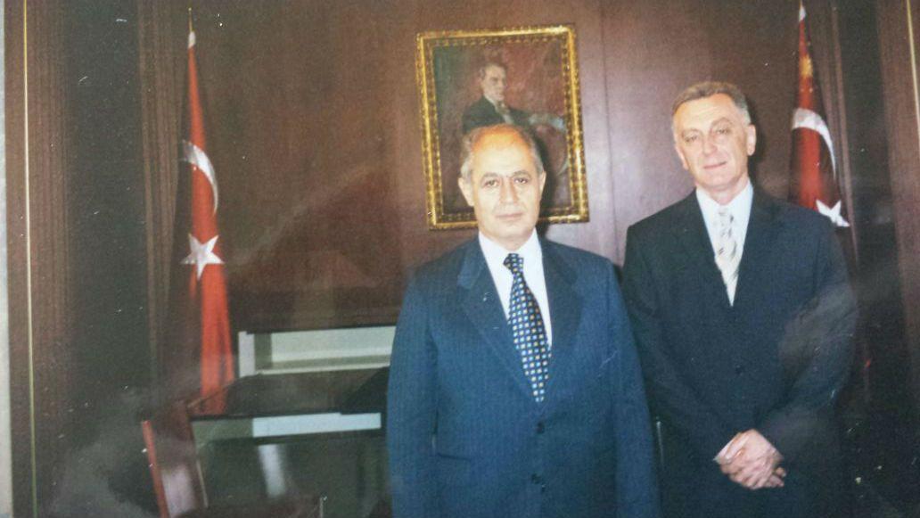 Dervishi me ish-presidentin turk, Nexhdet Sezer