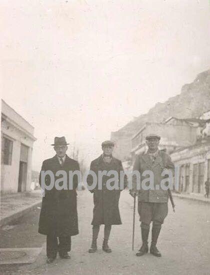 Ali Këlçyra, Midhat Frashëri dhe Thoma Orollogaj në Berat