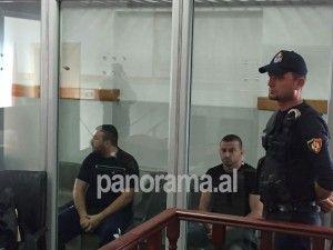 Ushtari i Lul Berishës lihet në burg, miku i tij detyrim paraqitje. U kapën me armë në Porche (FOTO)