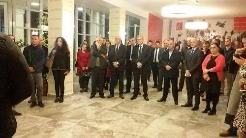 """Presidenti i """"IHB-Group"""" Irfan Hysenbelliu, rektori Ruka dhe presidenti i """"Eurosig"""" Morina, dje gjatë ceremonisë"""