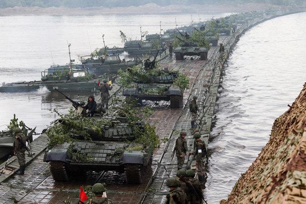 Russia-War-NATO-Vladimir-Putin-Drills-Army-World-War-3-WW3-Expelled-Diplomats-US-1279896