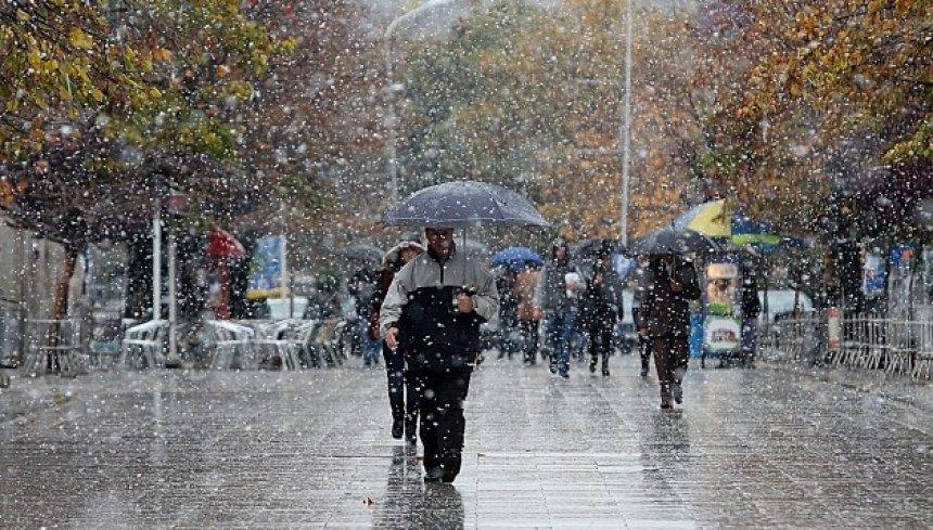 reshje-shiu-debore-permbytje-moti-ne-vend-rruge-te-bllokuara2