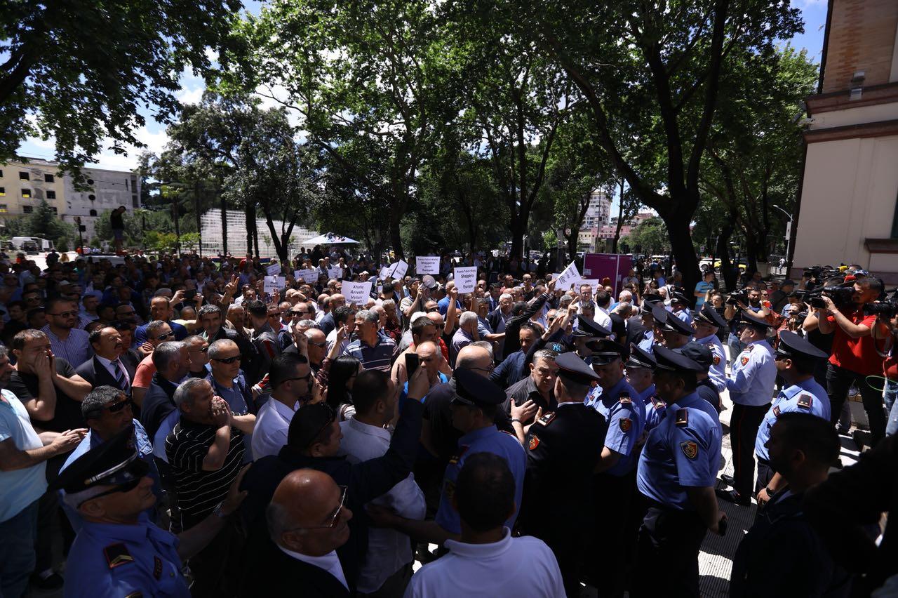 proteste PD ministria